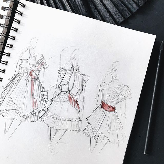 """Photo of M a r i n a on Instagram: """"quick sketches with pleats…"""""""