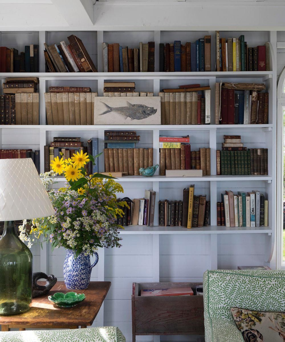 A Maine Cottage Revisited - % | Maine cottage, Beach ...