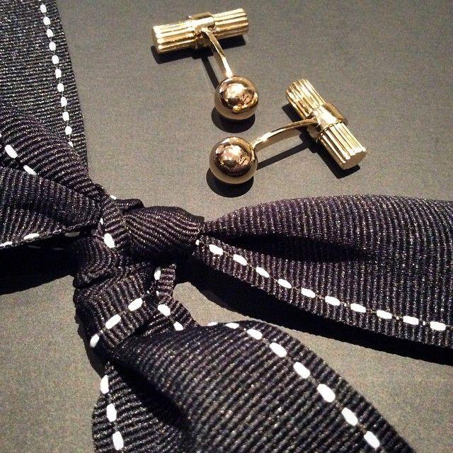 Treat the man in your life with these stylish Tom Ford cufflinks! Shop: RichDiamonds.com  #Cufflinks #TomFord #Fashion #Gents #YellowGold #Jewellery #POTD #Branded #Love #Luxury #Style #Valentines #Gift #London #BondStreet #RichDiamonds