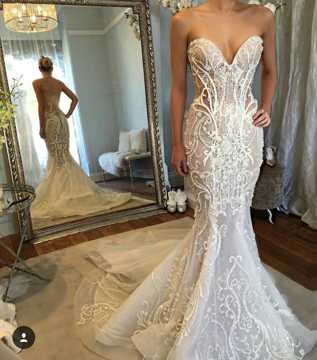This Strapless Haute Couture Wedding Gown Is Extremely