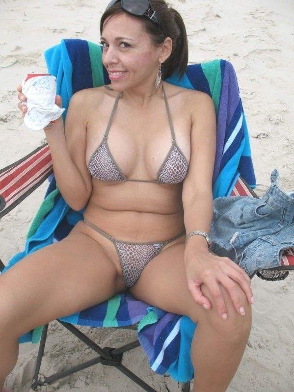 Bikinis Nude Sexymilf Woman Hot British Sexy Bikini Bacalao