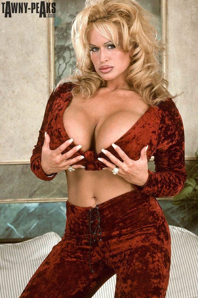 Porn Star Tawny 37