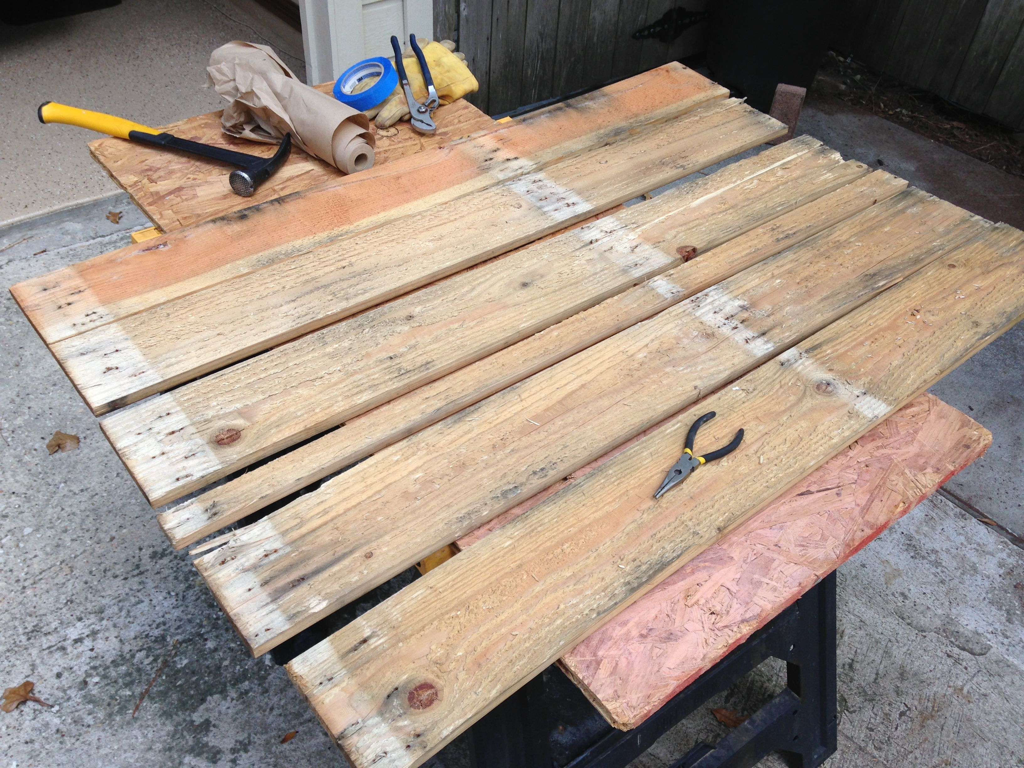 Disassemble Wood Pallet And Remove Nails And Staples Etc Wood Pallets Wood Pallet Projects Pallet Crafts