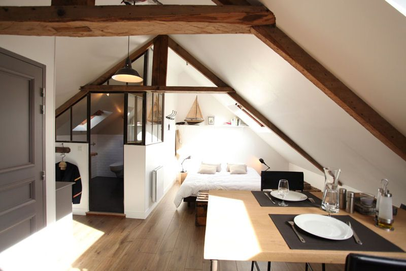 Perspective vers la chambre combles am nag s fa on loft for Plan de maison avec combles amenages