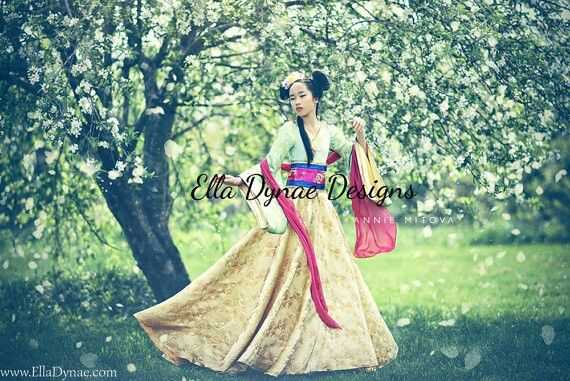Mulan (Costume by EllaDynae @Etsy) #Mulan | (Sec. 2) Costumes & Wigs ...