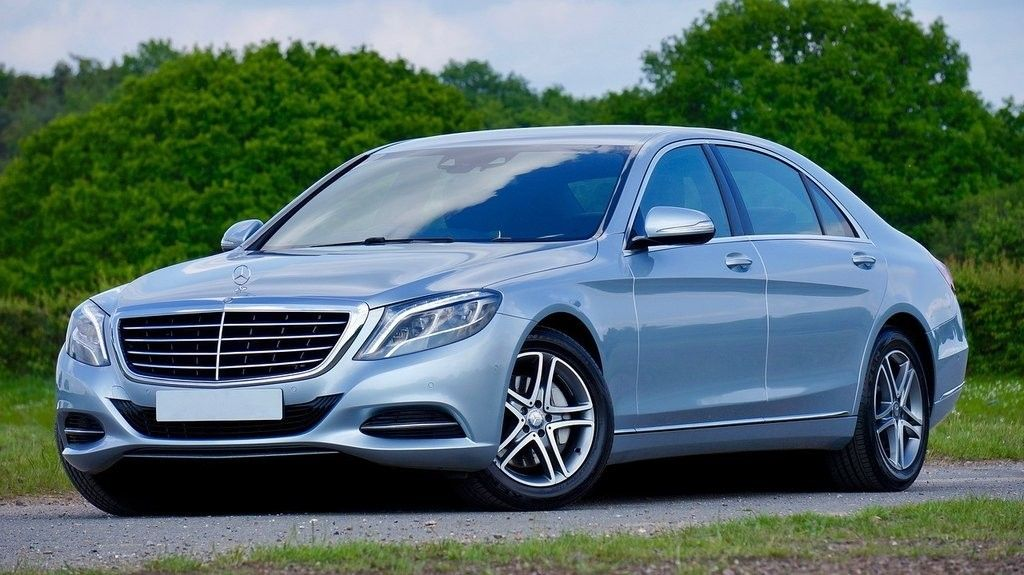 Luxury Cars Hire For Airport Transfers At Heathrow Shuttle We Aim To