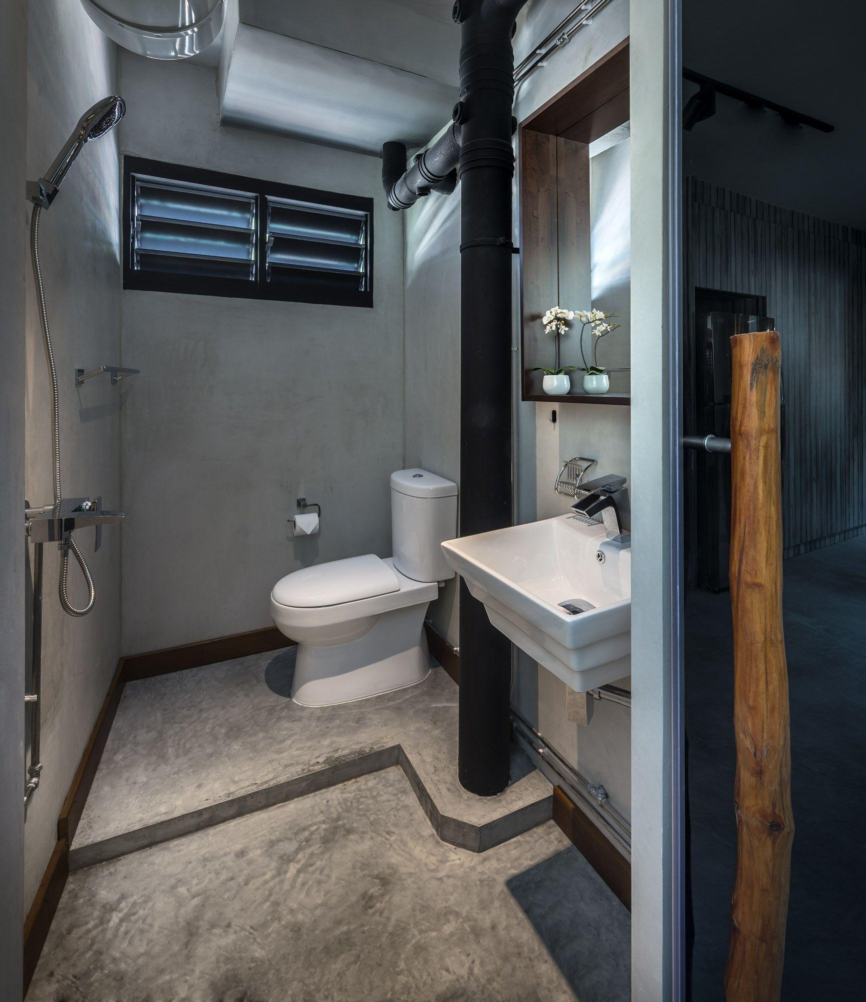 3 Room Hdb Maybe Chg Door Direction Fir Toilet Bathroom Design Toilet Design Minimalist Toilets
