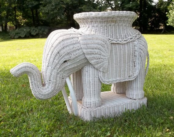 Lovely Vintage Wicker Elephant Table White Wicker End Table Rattan Elephant End  Table Plant Stand Nursery Patio Bathroom Living Room Wicker Animal