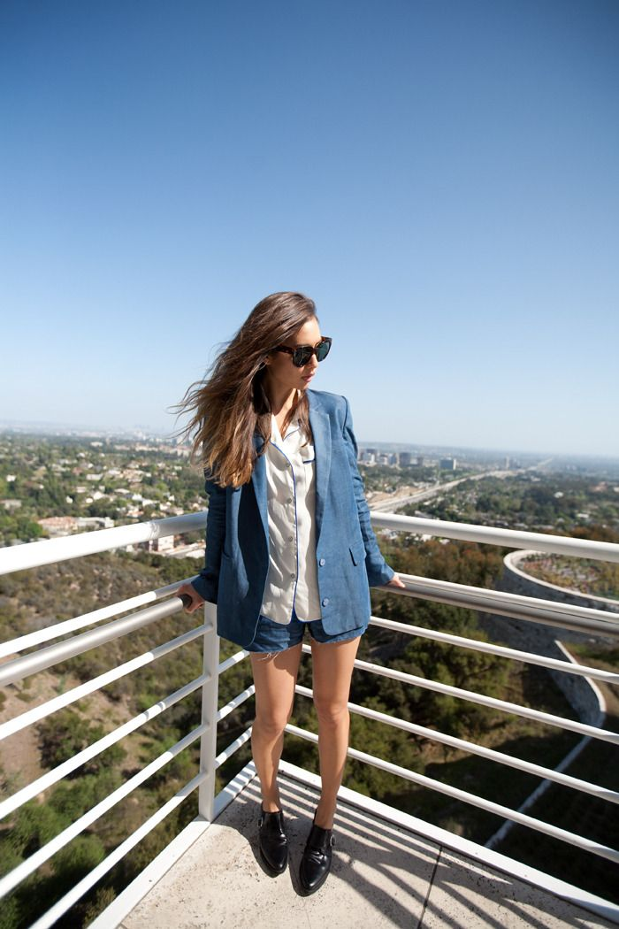 Acne Blake blazer and Bacall shorts, Rag & Bone shirt, Zara shoe via fashiontoast