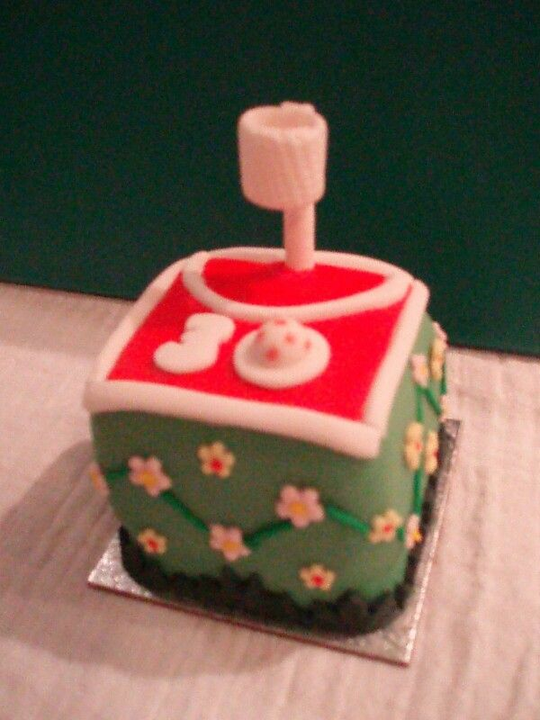 Basketball mini birthday cake