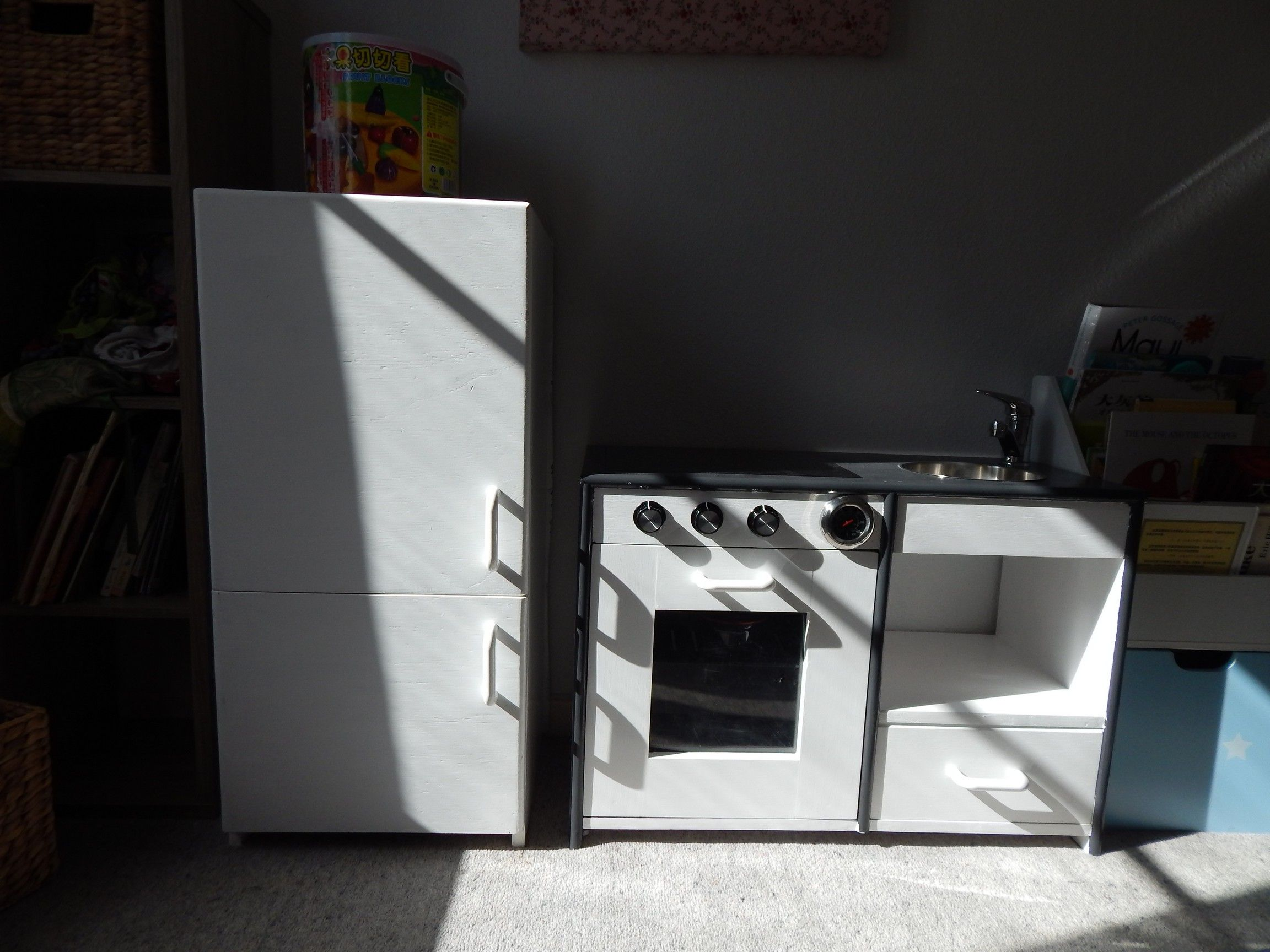 A toy kitchenette i made for my daughter my first major carpentry