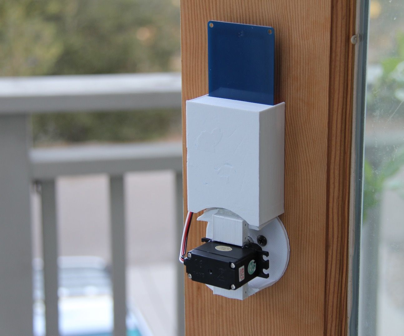 Nfc door lock with the qduino mini under 100 arduino and have you ever wanted to unlock your front door with just your bus pass a rubansaba