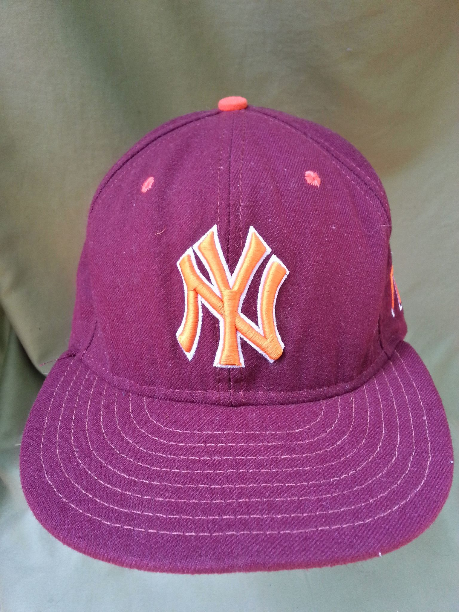ea963731a4cc4 New York Yankees Virginia Tech Hokies Dual Logo Fitted Hat by New ...