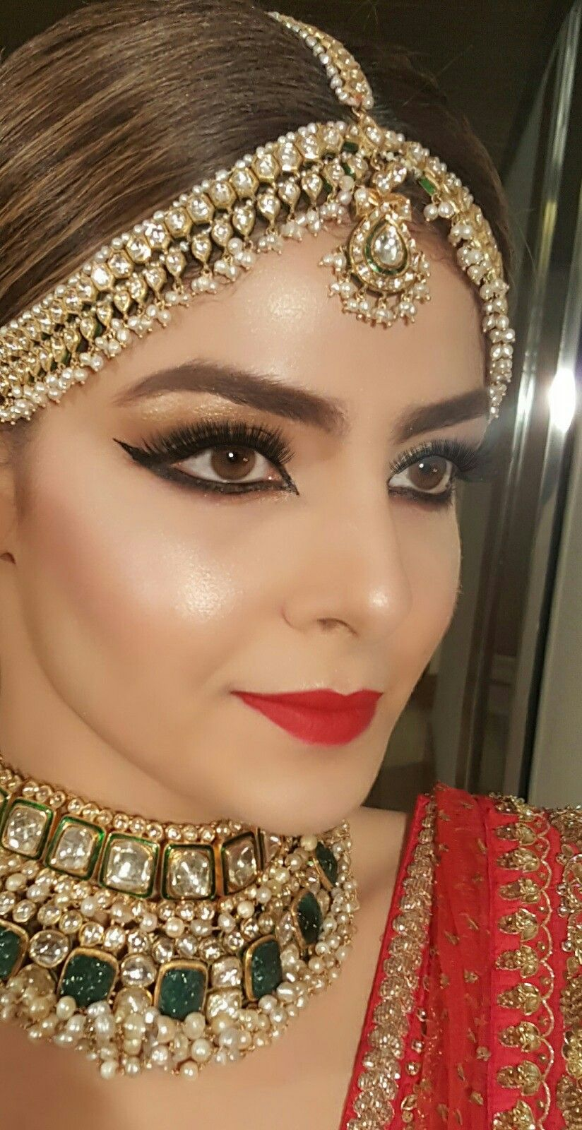 Pinterest • KrutiChevli Indian bridal makeup, Bridal jewels