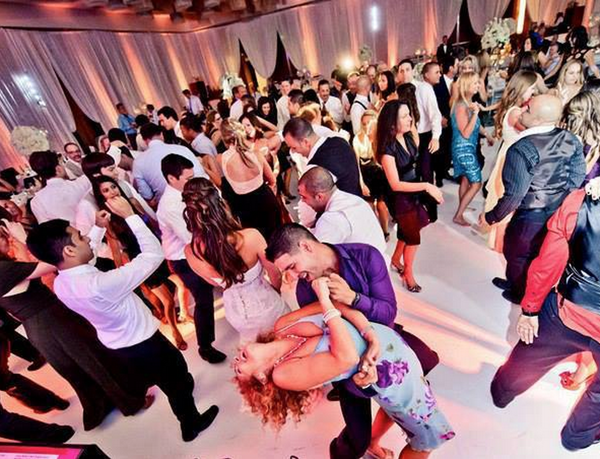10 Things People Forget When Planning A Wedding Reception Don T These