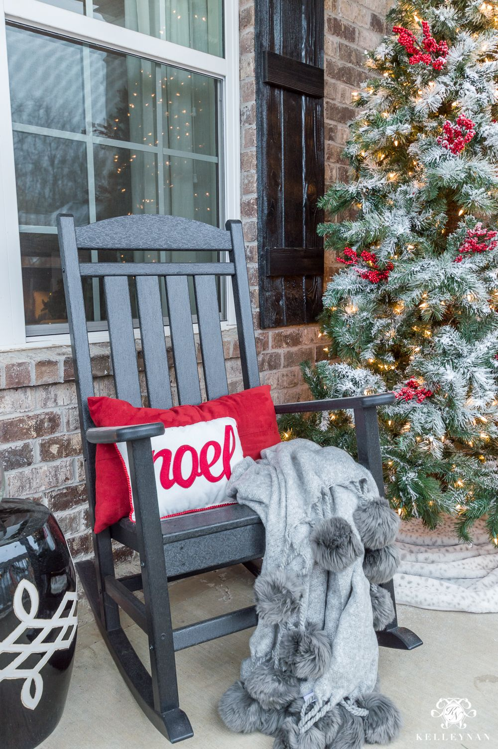 Classic Christmas Decor For A Traditional Front Porch Kelley Nan Front Porch Christmas Decor Classic Christmas Decorations Front Porch Decorating
