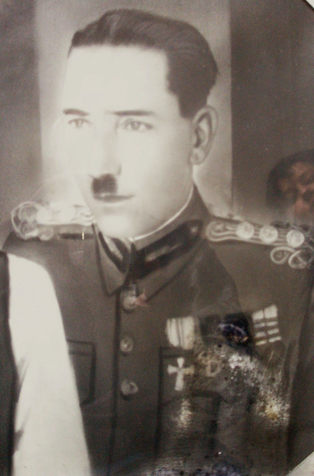 MOXOΣ...Μανώλης ΓΙΑΚΟΥΜΑΚΗΣ..[ Ταγματάρχης Πεζικού…Αγωνιστής της Εθνικής Αντίστασης στην Κρήτη, κατά των Γερμανών..]...Εκτελέστηκε απο τους Γερμανούς στις 27 Οκτωβρίου 1943.....