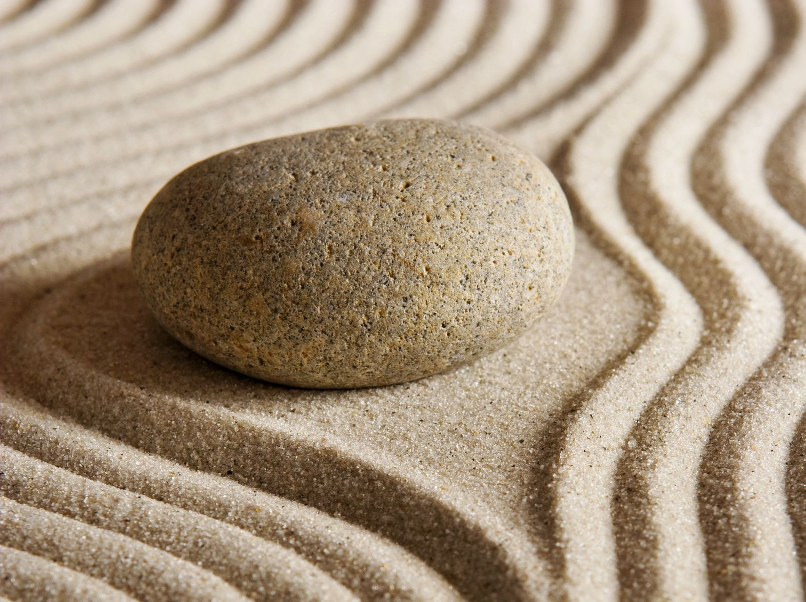 Home Ideas For > Zen Rock Garden Wallpaper | Zen Sand Art ...