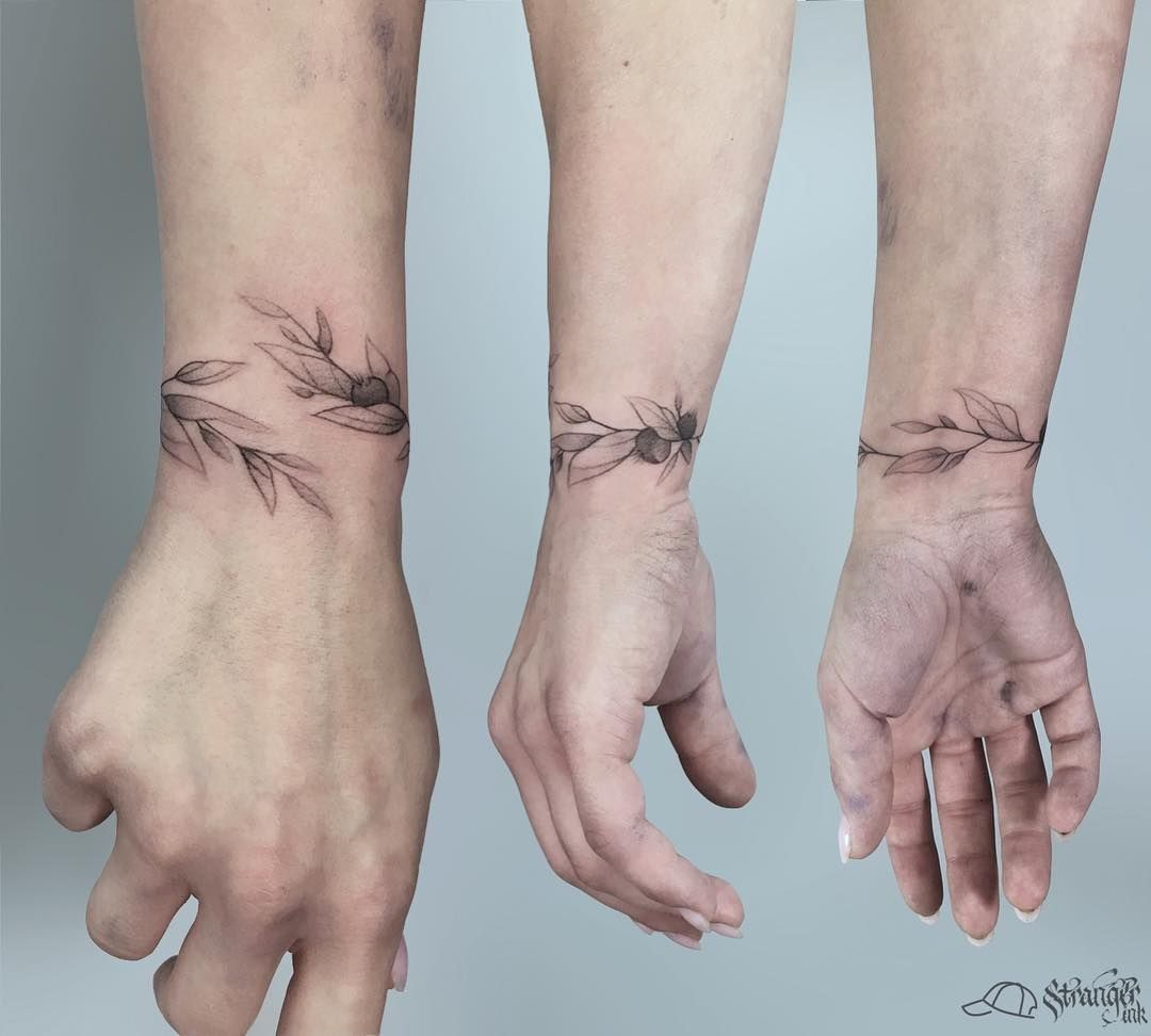 Photo of Wrist and Bracelet tattoos for Women & Men – Page 9 of 37 – TattoFit.Com Best Tattoo Blog!