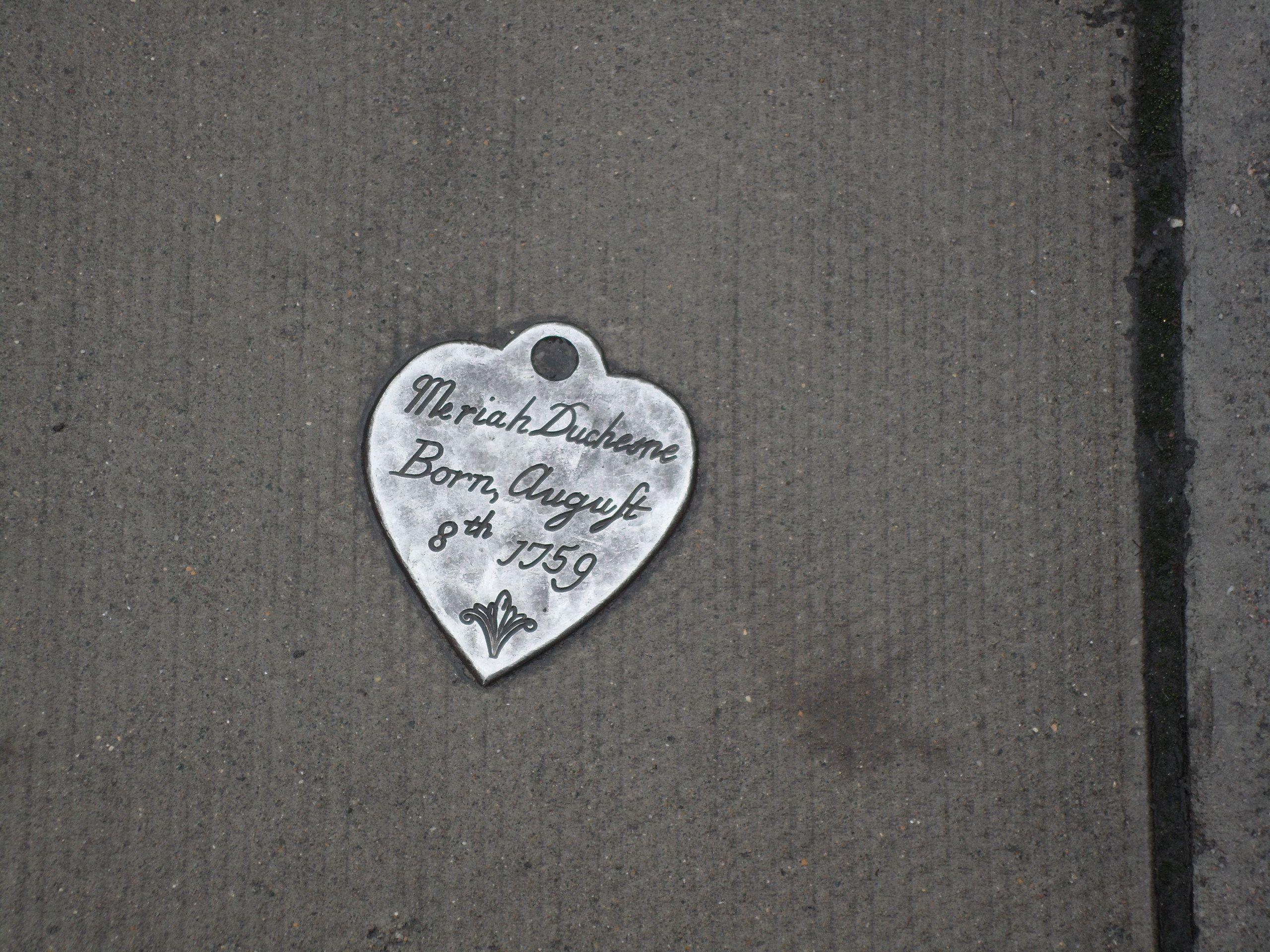 "Pavement art: ""Token"" by John Aldus, Marchmont Street, London"