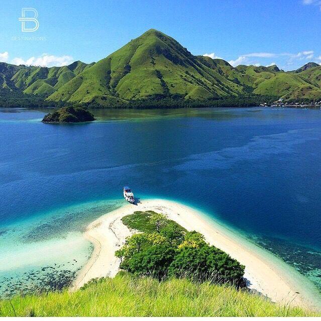 Kelor Island, Flores