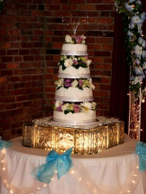 average height of a wedding cake tier glass block wedding cake stands glass block stand with 10926