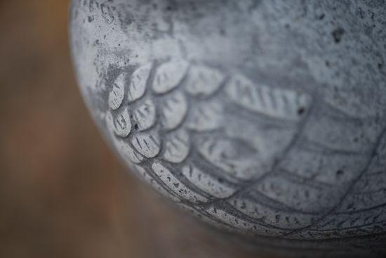 Kivisen Vilman piha: Lisää yksityiskohtia pihan esineistä