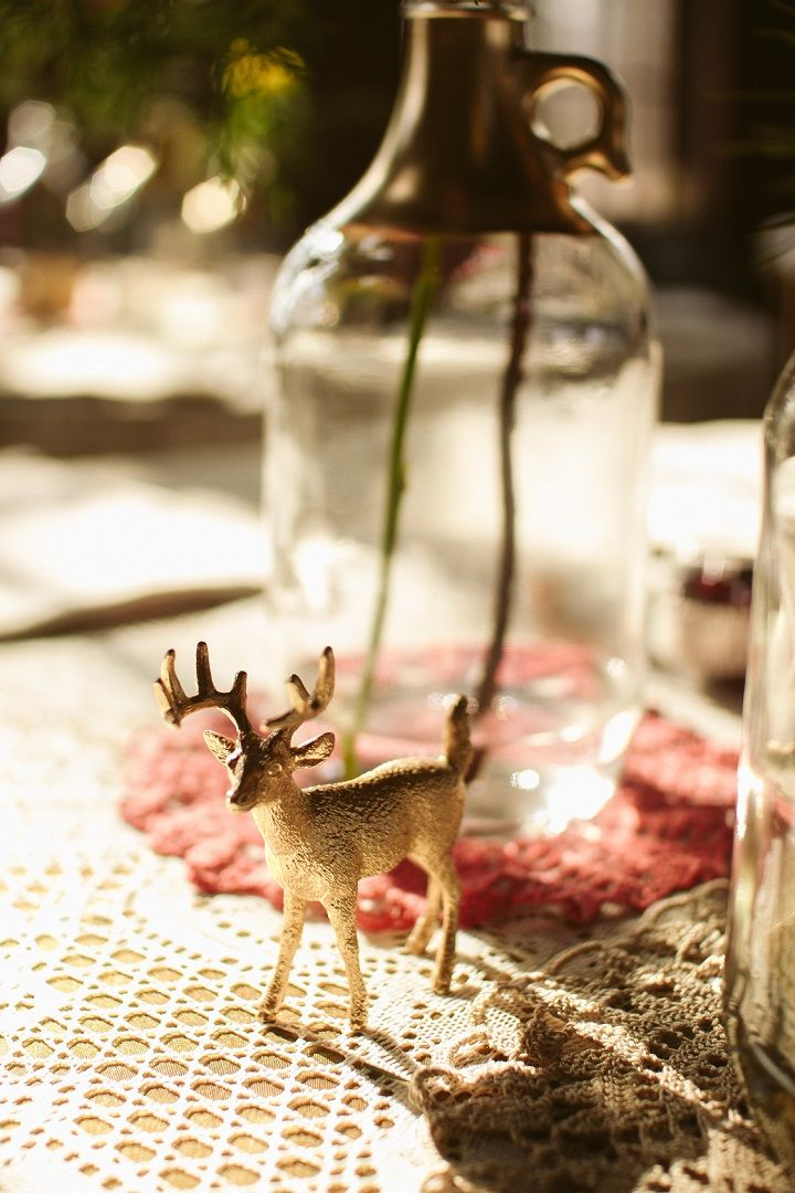 Jewel Tones Quirky winter wedding table decorations | fabmood.com #jeweltones #winterwedding #wedding #quirkywedding