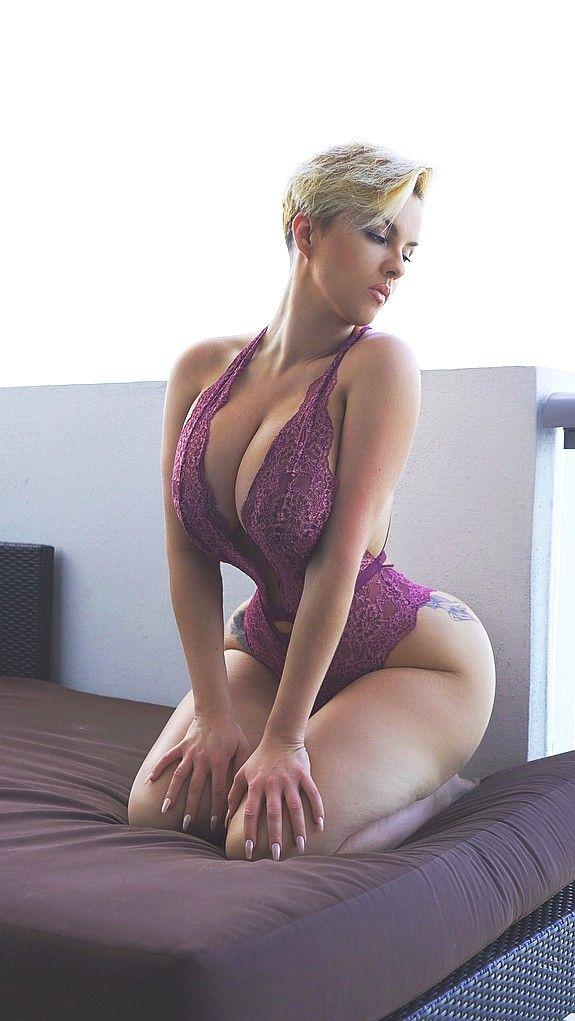 foto de Amy Jacksongirlscurves Hot brunette