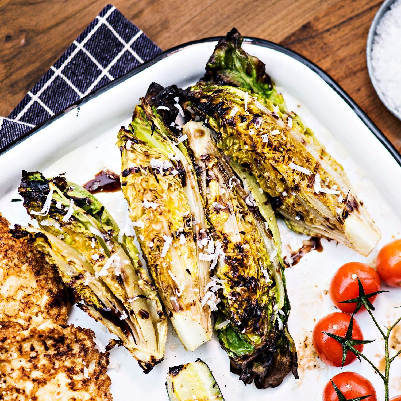 Grillatut pikkusalaatit   K-ruoka #grillaus #kasvisresepti