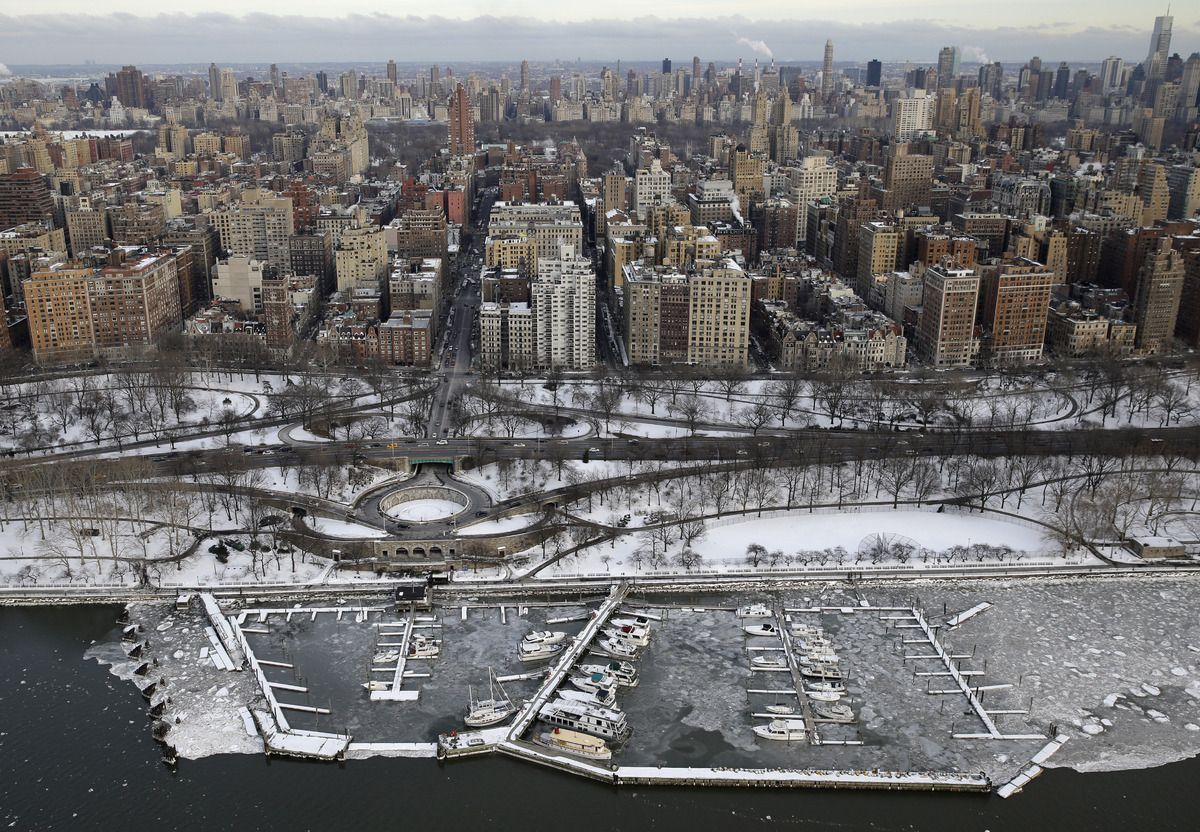 new york resembles a frozen hellscape right now  new york