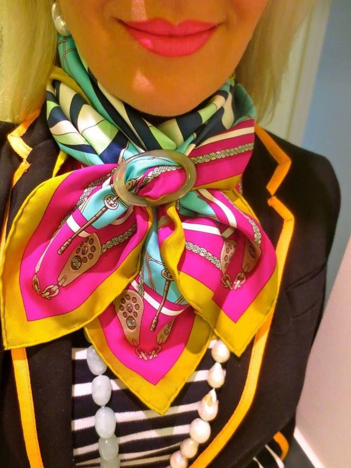 Os anéis de lenços fazem milagres... as possibilidades são infinitas!