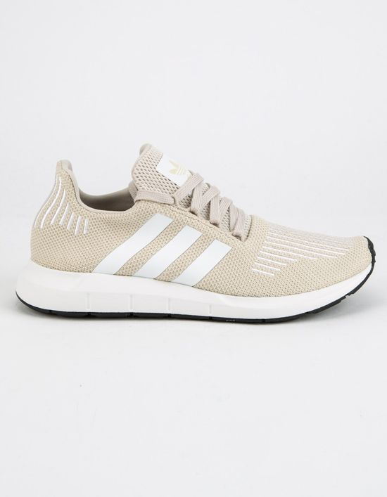 Adidas Swift Run shoes. Stretchy knit upper. 3-stripes at the sides.