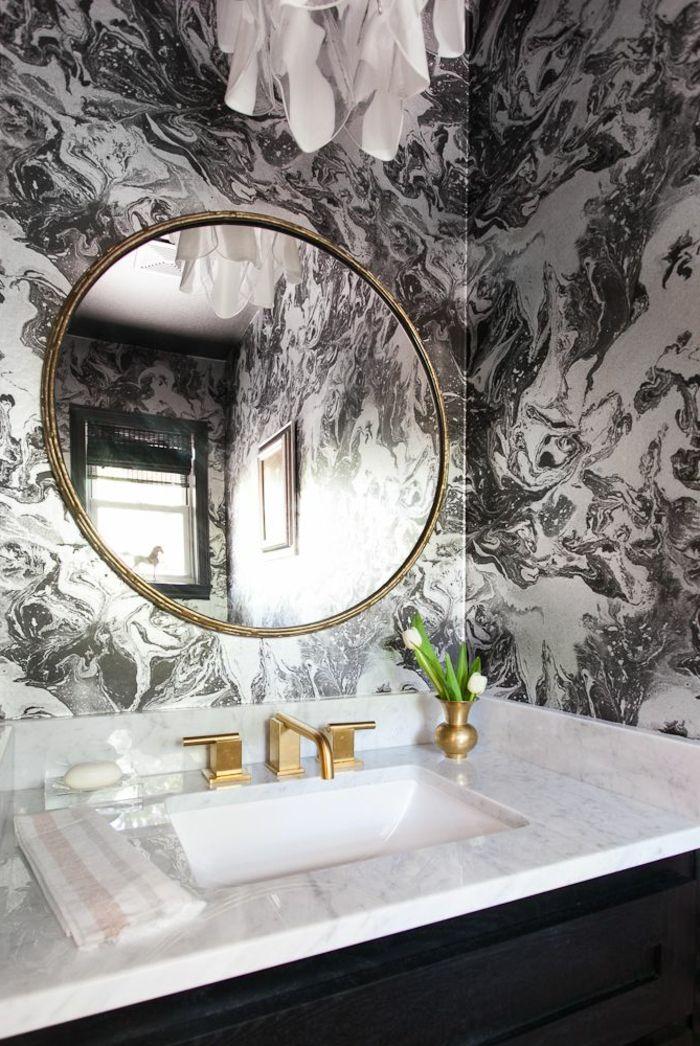 Papier Peint Noir Et Blanc Dans La Salle De Bain Avec Marbre