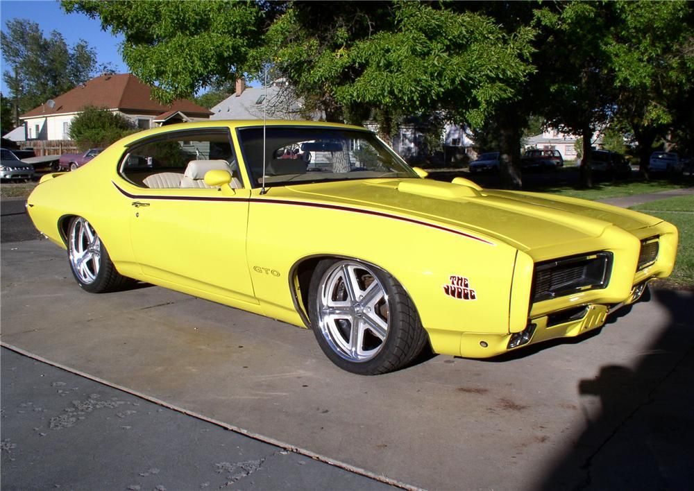 1969 Pontiac GTO Judge. More Cool Muscle Cars at: http://hot-cars ...