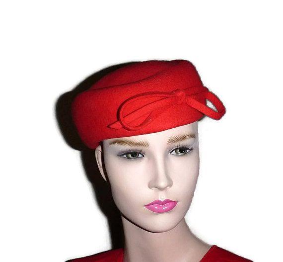 50s Tomato Red French Designer Pillbox Hat Chapeau M'sieu Leon Montreal Wool Felt Pill Box Cap Mid Century 60s Mad Men Fashion Bowtie Beret