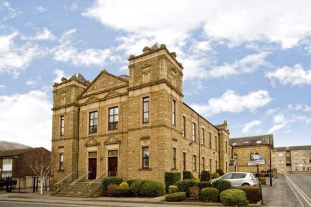 Two beds, Morley, Leeds 160,000