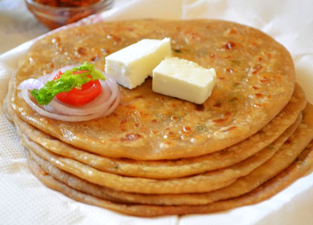 Only 2 minutes aloo paratha indian recipe aloo paratha aloo paratha is an easy indian food recipe that is prepared with atta and potato stuffing learn how to make potato paratha recipe forumfinder Image collections