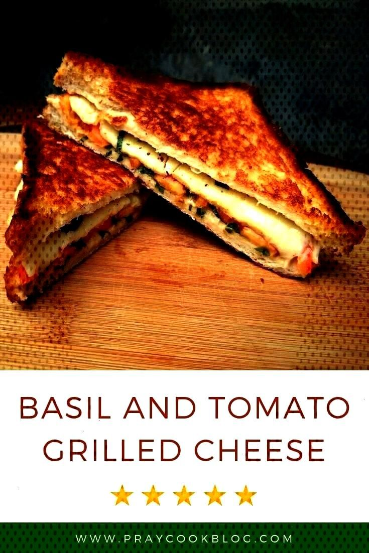 Grilled Cheese Sandwich Recipe - This simple grilled cheese recipe is perfect if you have some basi