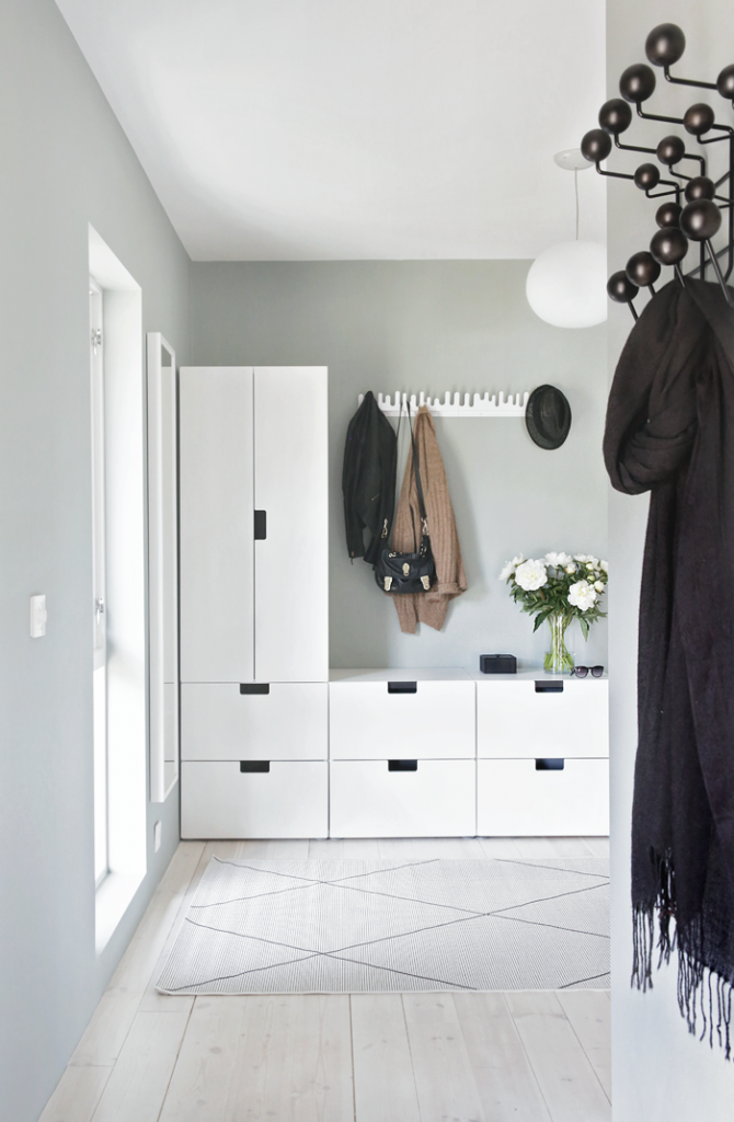 Excellent Ikea Hack To Create Clever Builtin Storage In