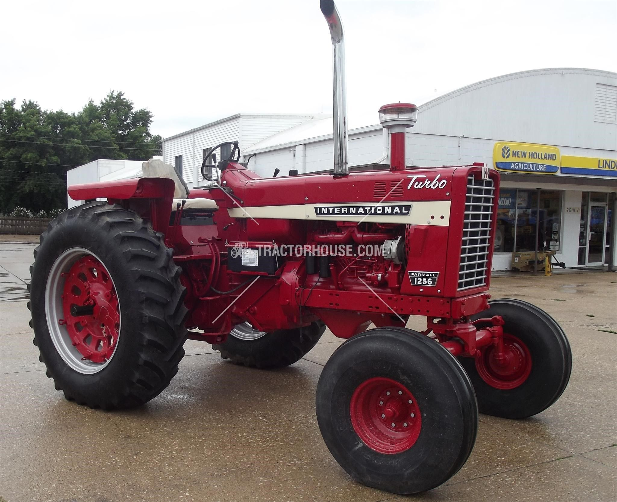 1968 INTERNATIONAL 1256 100 HP to 174 HP For Sale At TractorHouse.com