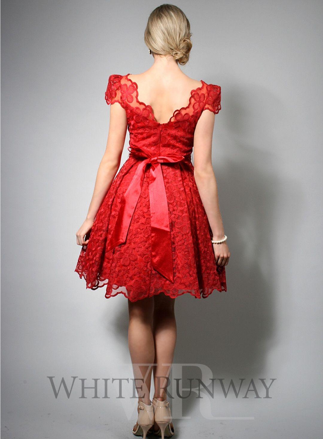 Elizabeth dress a pretty cocktail length dress for your bridesmaids