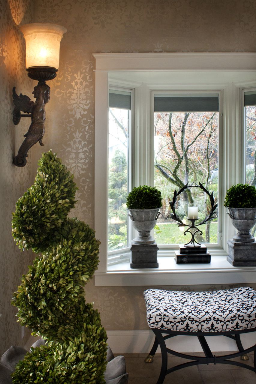 Tiny Home Designs: Park Hill Small Metal Garden Pedestal And Urn Is The