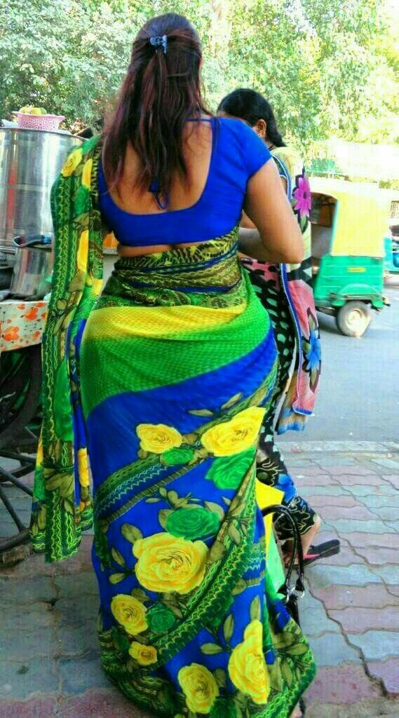 telugu hot aunty actress suhasini in spicy saree hot boob