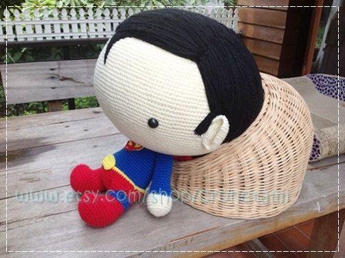 Superman 20inches PDF amigurumi crochet pattern by crohetami