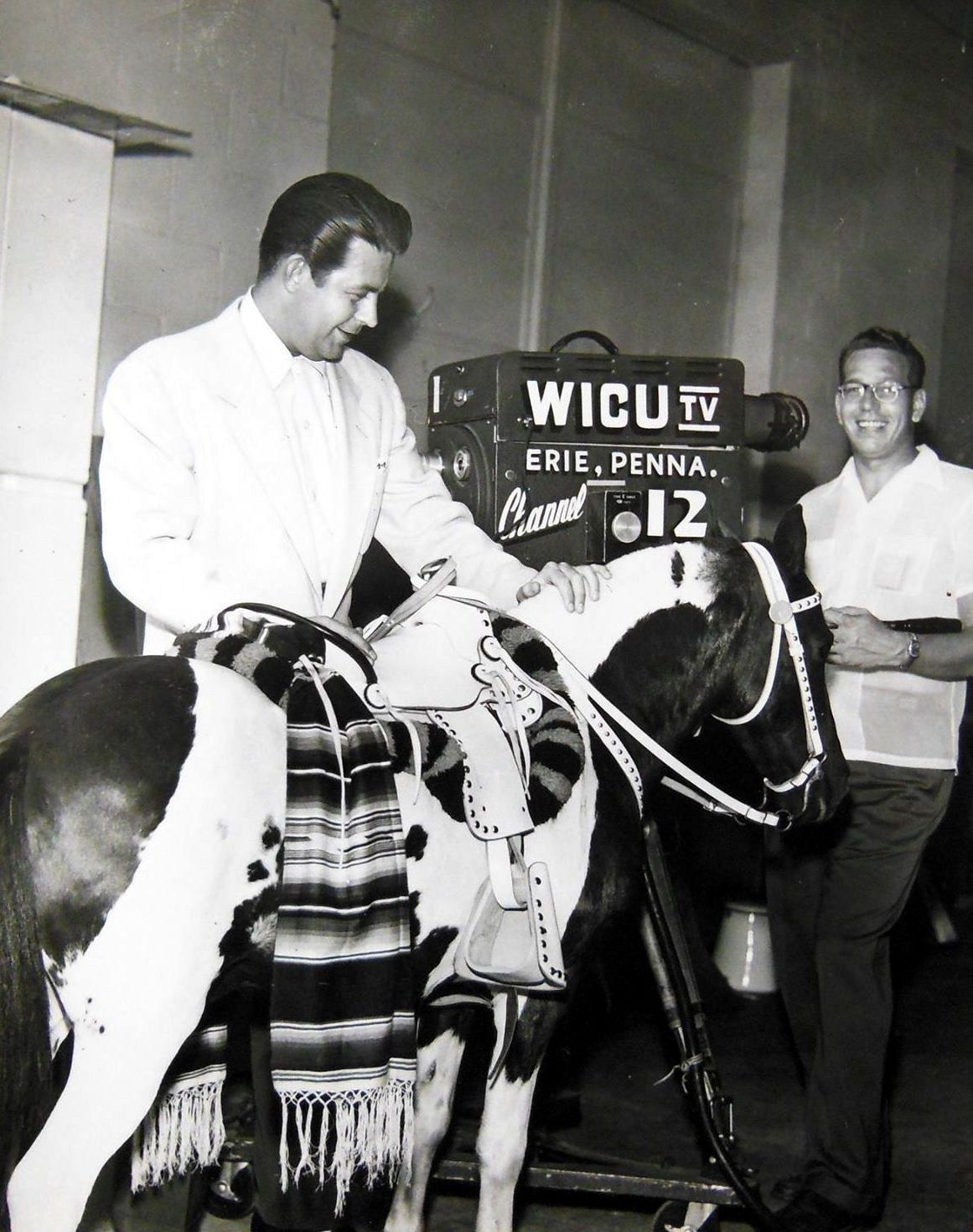 WICU-TV Vance McBryde and friend in the Studio (1955) | Good old