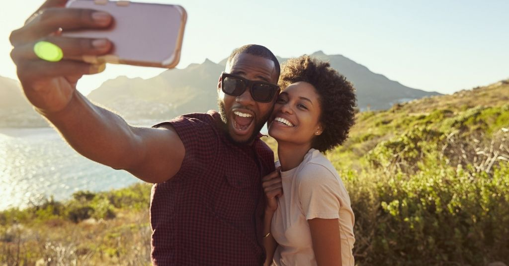 How to save for retirement in an era of FOMO Boyfriend