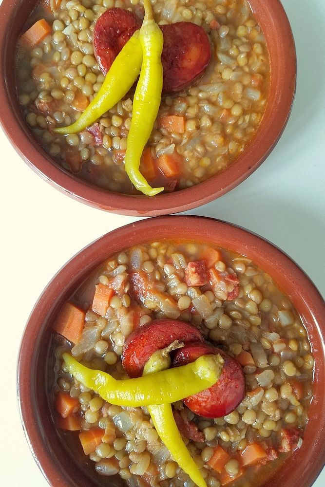 Lentejas con Chorizo Recipe (Simple Spanish Lentil Soup) - Traditional Spanish Recipes