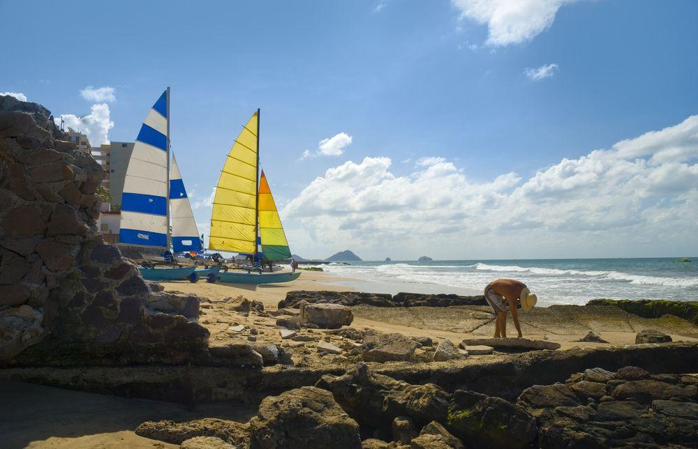 #Mazatlan, destino ideal para pasar unas buenas vacaciones. Los mejores deportes en vela se pueden practicar sobre el #PacificoMexicano. http://www.bestday.com.mx/Mazatlan/ReservaHoteles/