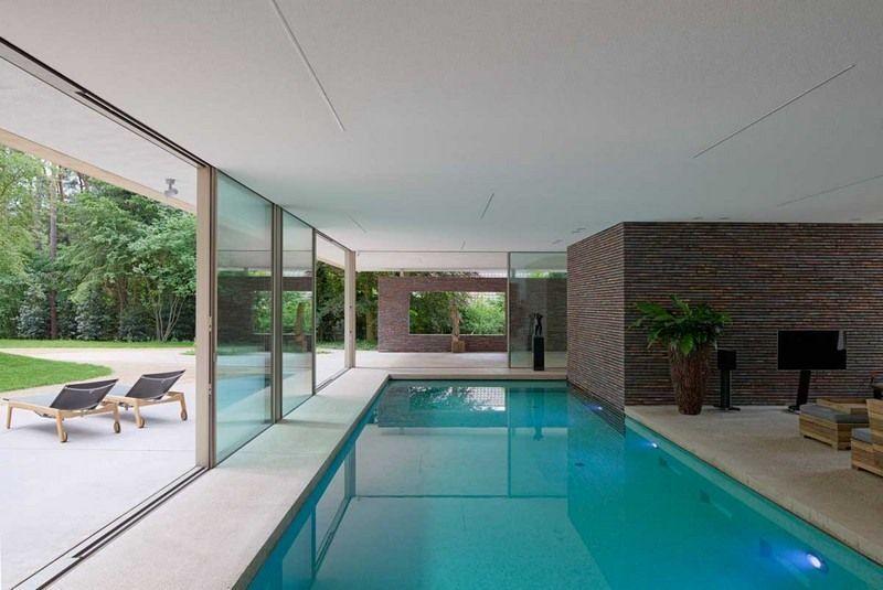 Indoor Pool mit direktem Anschluss zum Garten   Small indoor ...